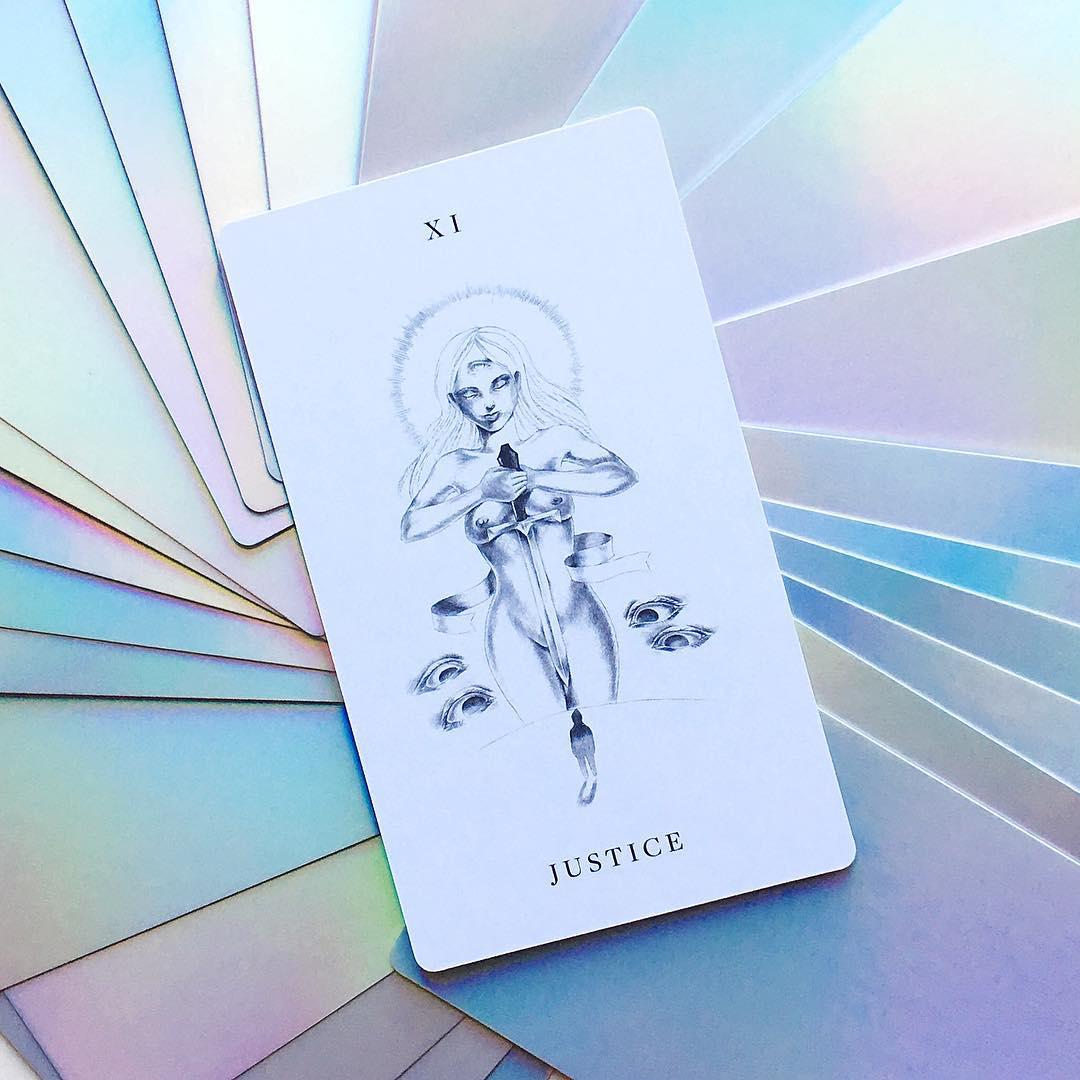 Luminous Spirit Tarot: Prism Edition