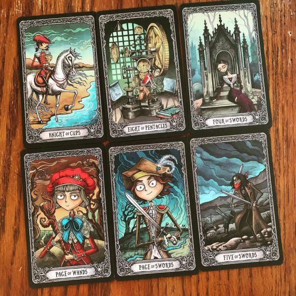 Combo Dark Mansion Tarot